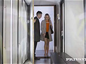 Private.com - Mia Malkova tears up in the cave