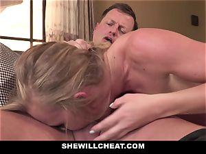 SheWillCheat - Squirty wifey Gets Slayed By Internet man