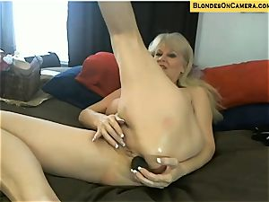 ash-blonde mature heads all kinky in all fuck holes on webcam