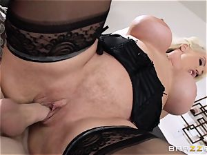 Alura Jenson is the mommy who daughters-in-law fear