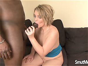 cougar Luisa takes ebony man sausage in her butt