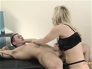 uber-sexy Ashley Fires throws off this kinky pecker
