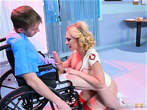 steaming nurse Kayney Linn Karter