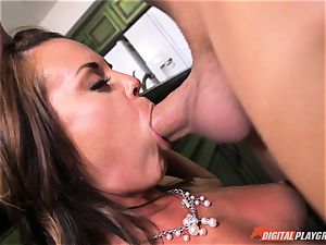 insatiable stunner Rahyndee gets her way and is nailed deep in her slit pie