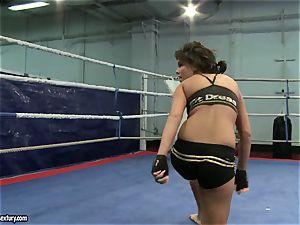 stunner demon and Melanie Memphis do struggle in the ring