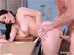 insatiable Noelle Easton pulverizing a successful chess dweeb