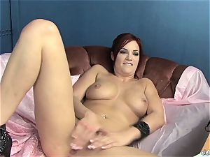 voluptuous Jayden Cole loves taunting her mouth-watering humid love button