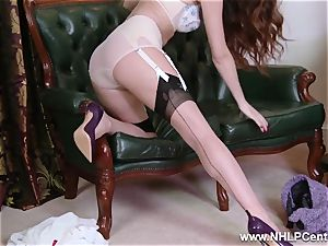 babe unclothes to nylons heels to fucktoy her honeypot